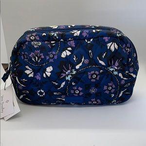 Vera Bradley fleur medallion grand cosmetic bag